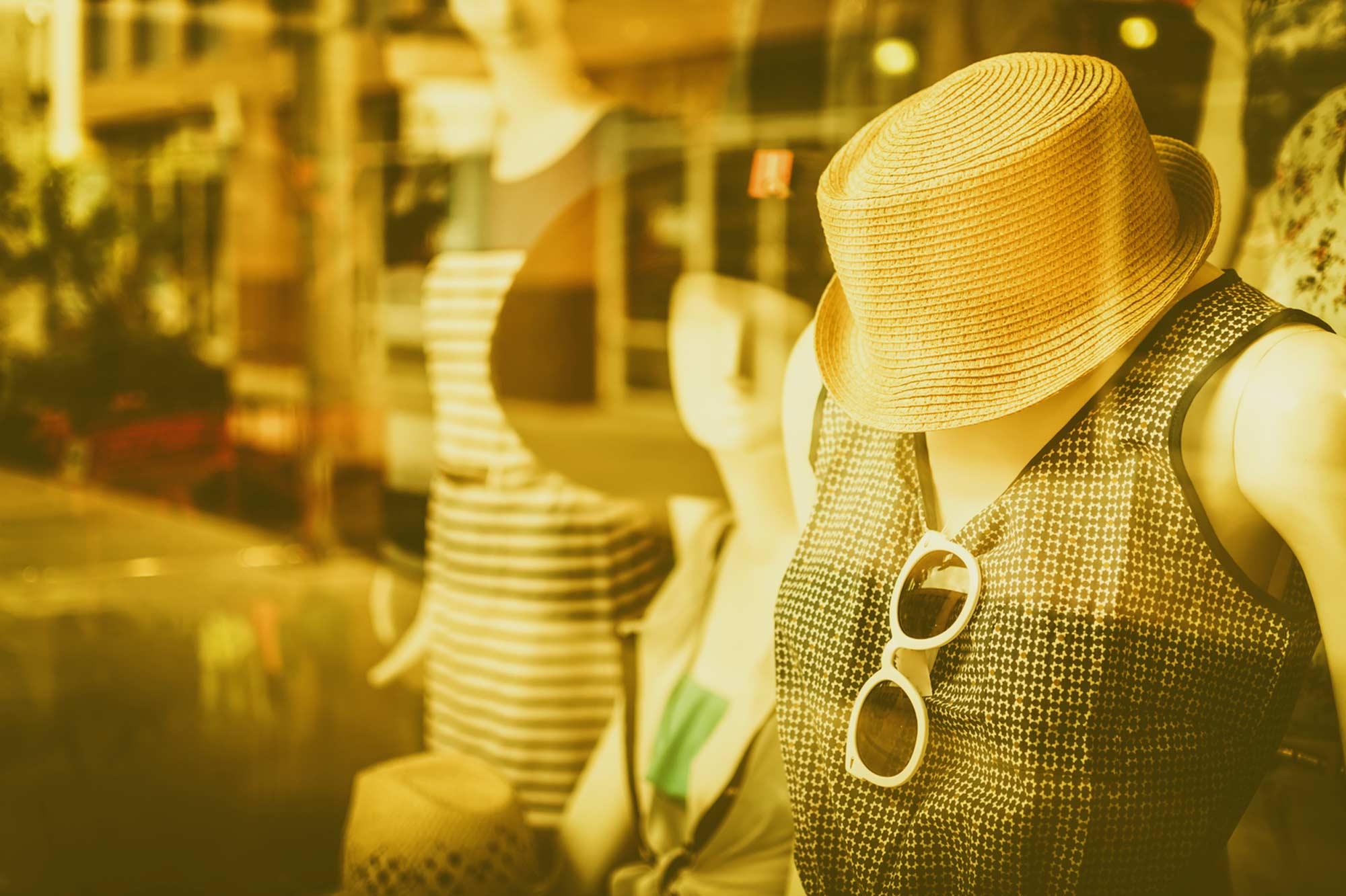 Nouvelle Boutique Vêtements d'occasion Vintage Hippy Market